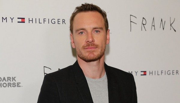 http://www.starwars-universe.com/images/actualites/spinoff/fassbender.jpg