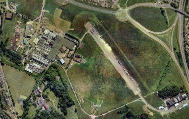 vue aérienne des studios Leavesden et du backlot