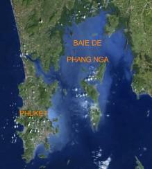 vue satellite de Phuket et la baie de Phang Nga
