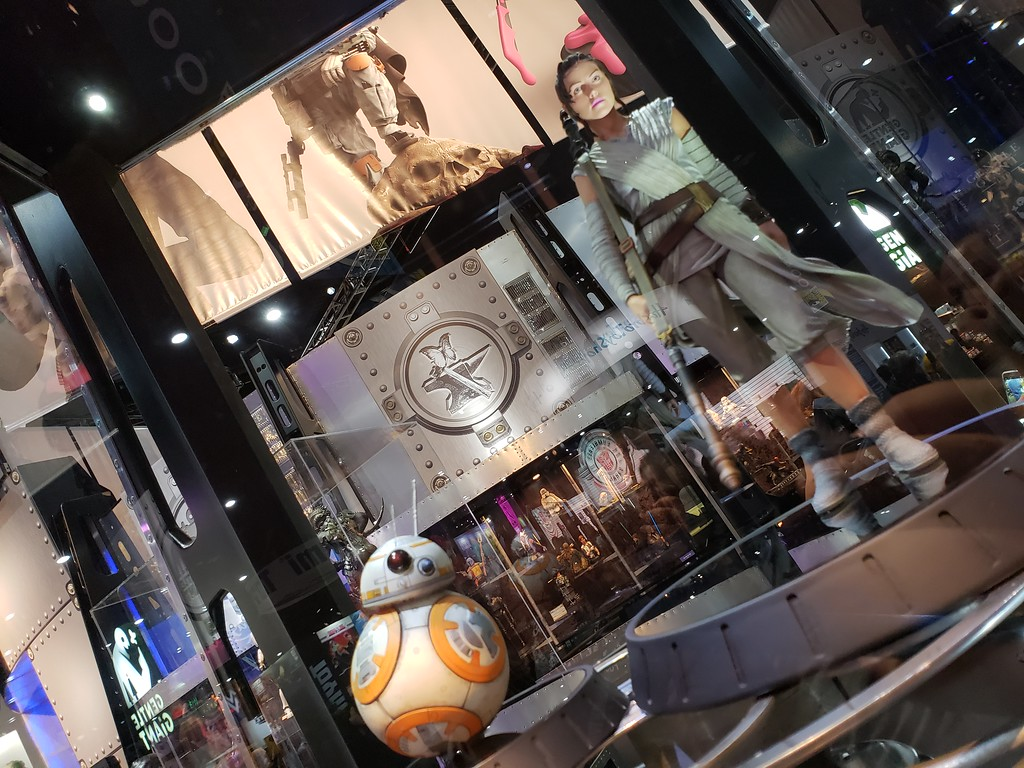 Gentle Giant SDCC 2018 : Rey et BB-8