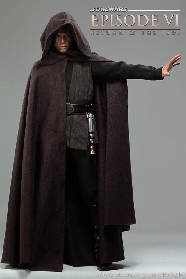 Hot Toys Luke Skywalker 2