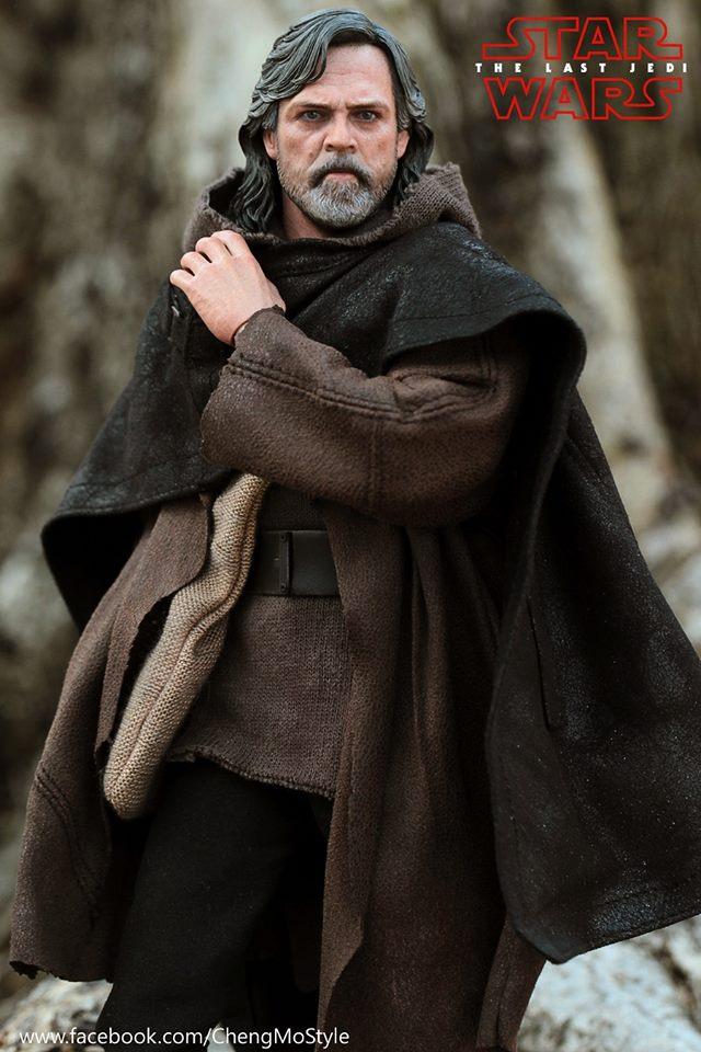 Hot Toys Luke Skywalker The Last jedi 3