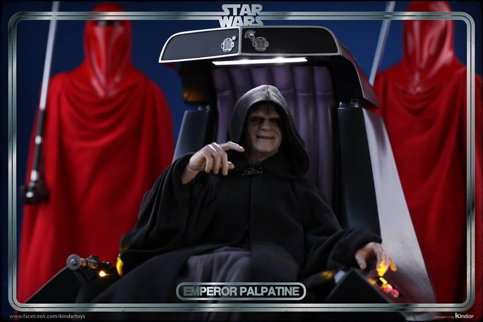 Hot Toys Emperor 5