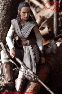 Hot Toys Rey The Last Jedi 1