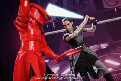 Hot Toys Rey The Last Jedi 4