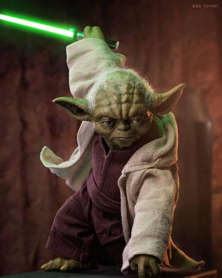 Hot Toys Yoda 1
