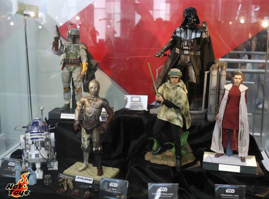 Hot Toys C-3PO AOTC