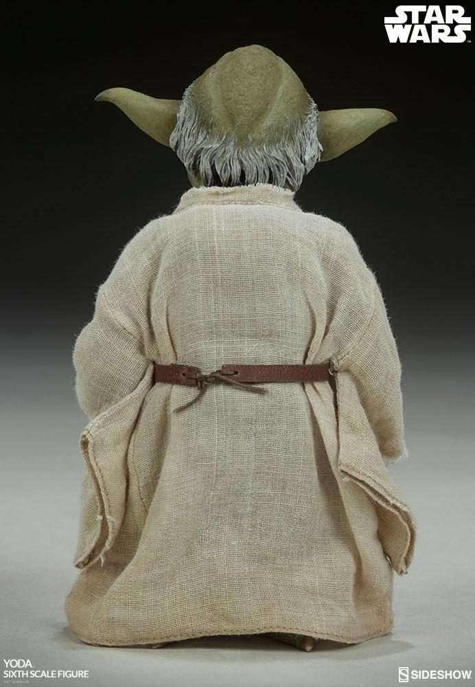 Sideshow Sixthscale Yoda 4