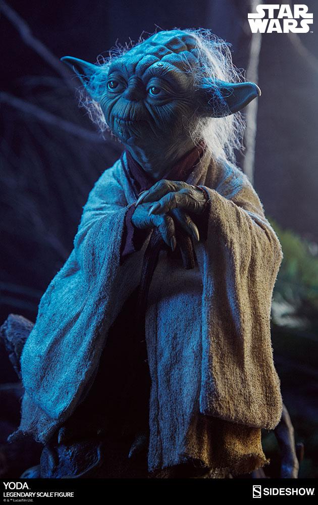 Sideshow Yoda Legendary Scale 2
