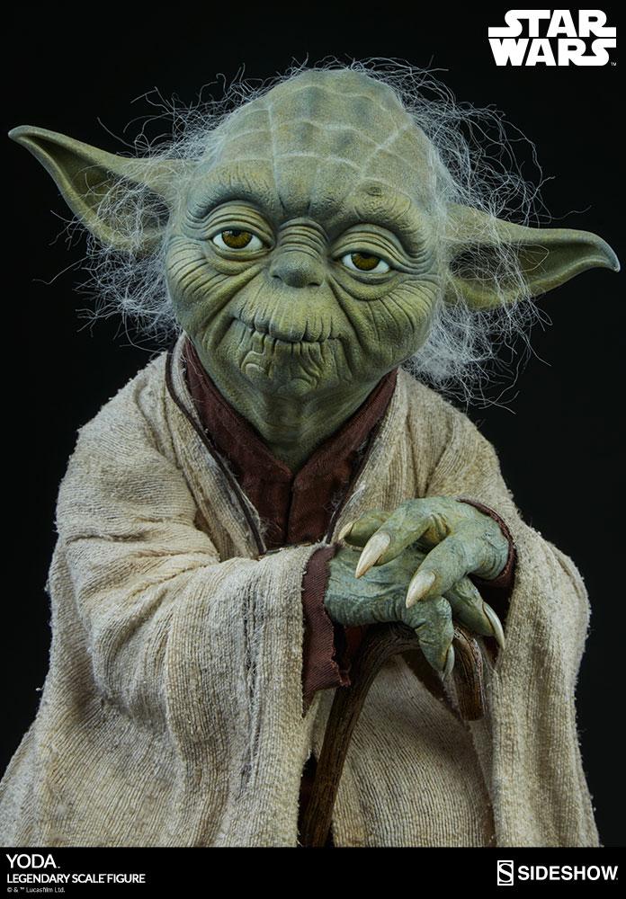 Sideshow Yoda Legendary Scale 5