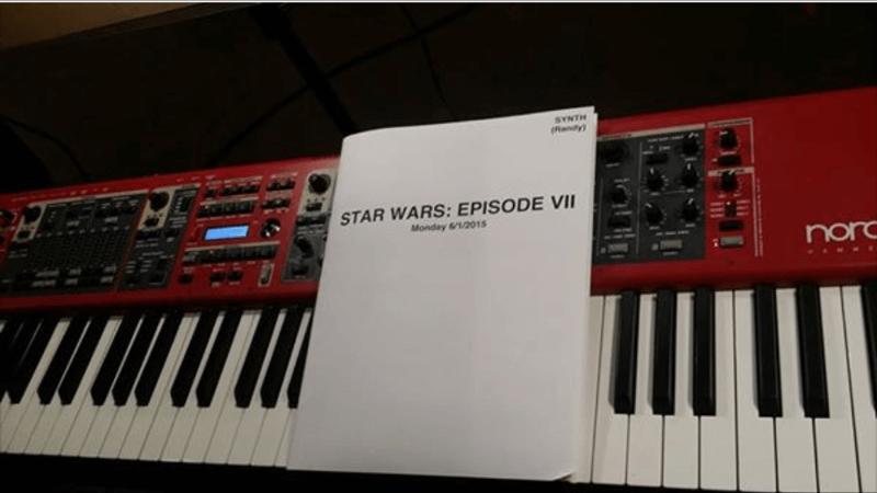 https://www.starwars-universe.com/images/actualites/disneylogie/musique_enregistrement/IMG_5112.png