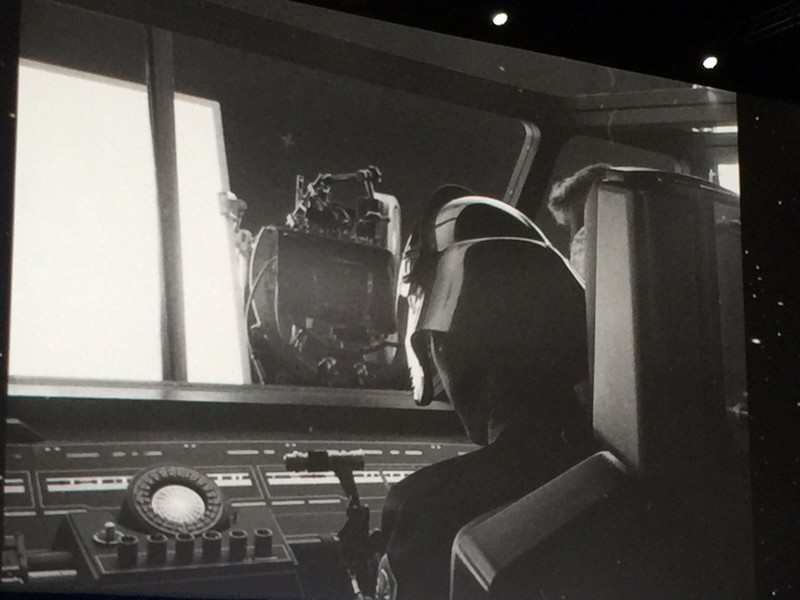 https://www.starwars-universe.com/images/actualites/episode8/panel4_.jpg