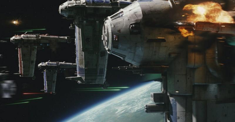 https://www.starwars-universe.com/images/actualites/episode8/spacebattle.jpg