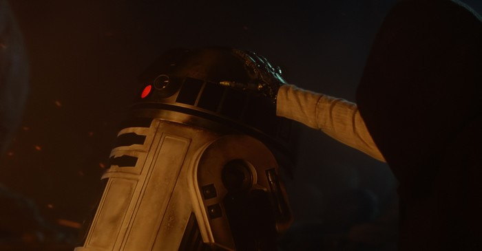https://www.starwars-universe.com/images/actualites/episode_7/luke.jpg