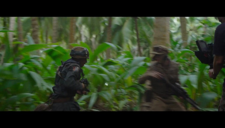 https://www.starwars-universe.com/images/actualites/rogueone/screenshots_reel/41a_.jpg