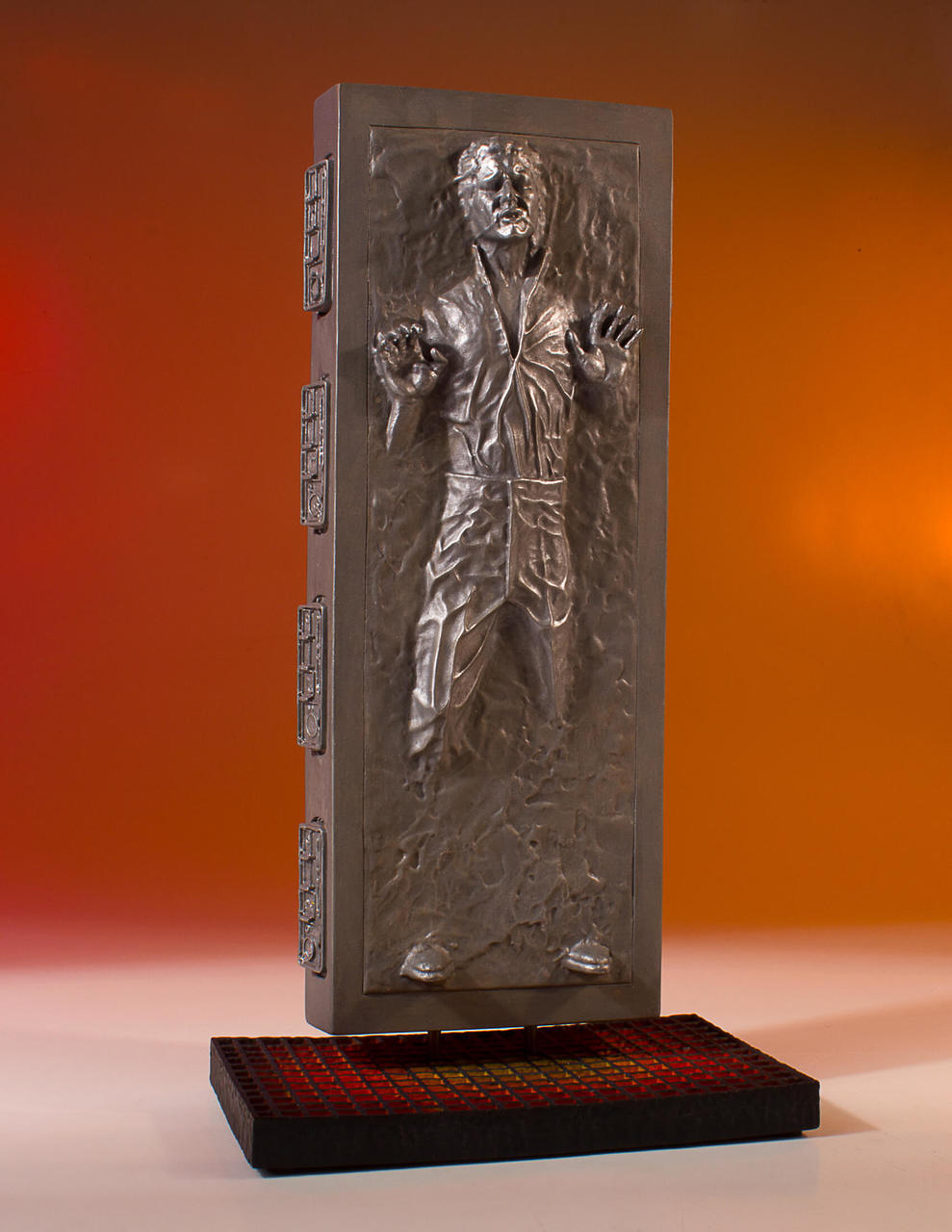 Gentle Giant Collector's Gallery Han Solo in Carbonite 2