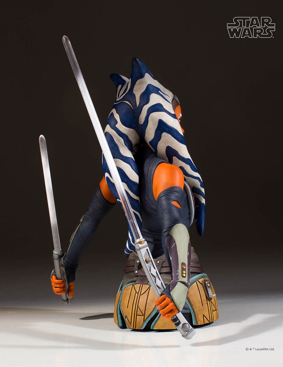 Gentle Giant Ahsoka Tano Mini Bust 3