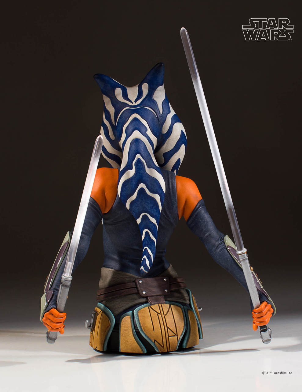 Gentle Giant Ahsoka Tano Mini Bust 4