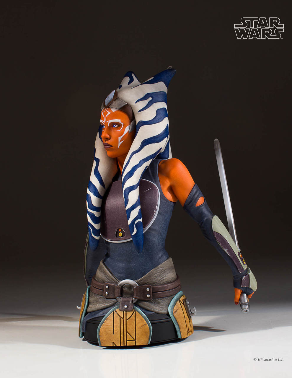 Gentle Giant Ahsoka Tano Mini Bust 5