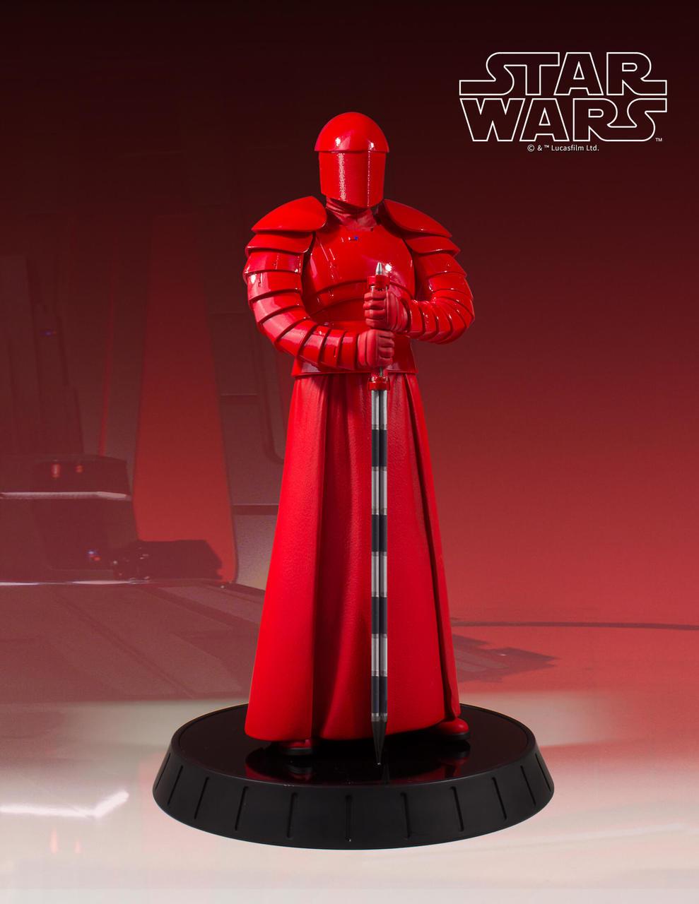 Gentle Giant Praetorian Guard Statue 5
