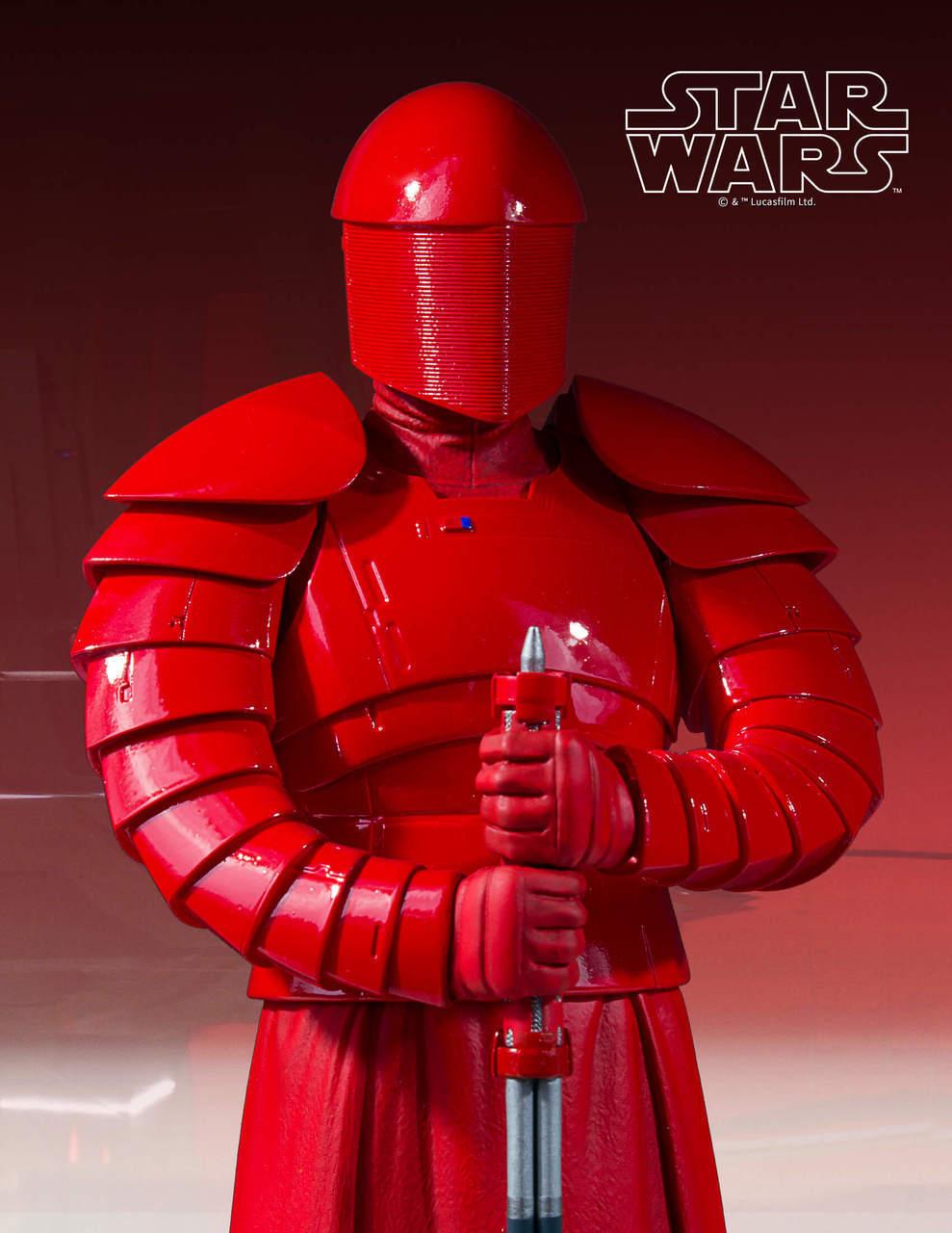 Gentle Giant Praetorian Guard Statue 6