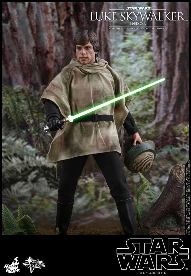 Hot Toys Luke Skywalker Endor 2