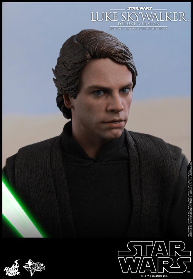 Hot Toys Luke Skywalker Deluxe 2