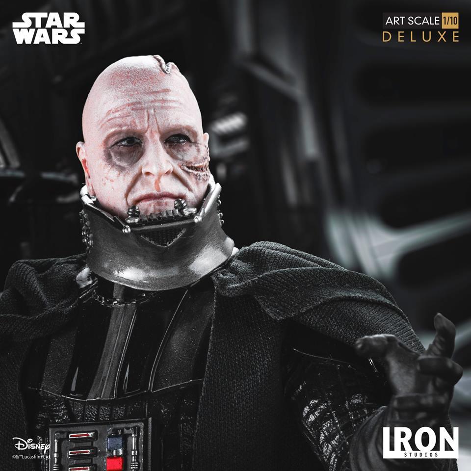 Iron Studios Darth Vader Deluxe