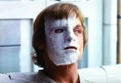 Mais qui est cet individu masqué ?