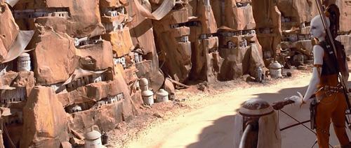 Passage dans le canyon de la course de Pod-racers