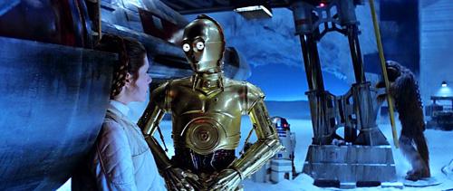 C-3PO tente de rassurer Leia