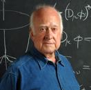 Peter Higgs devant sa théorie