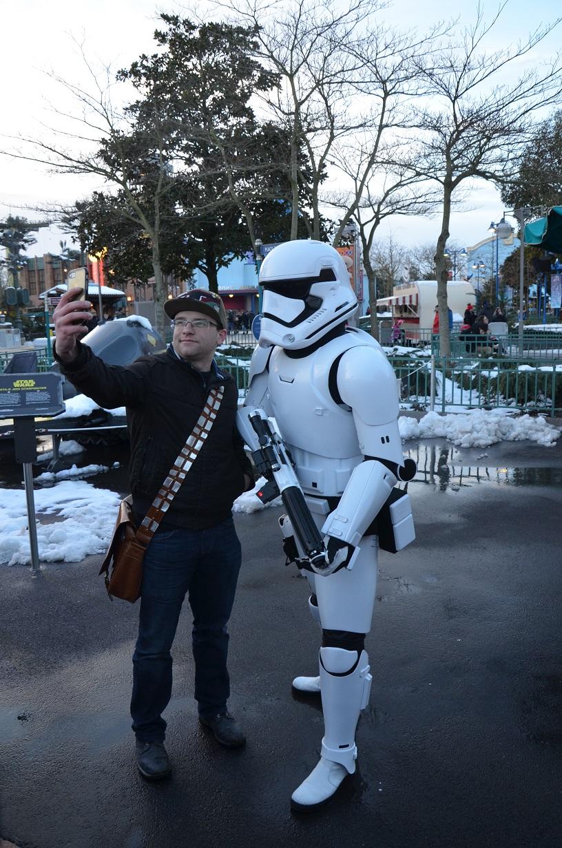 Photo avec troopers Disneyland Paris Saison de la Force 2