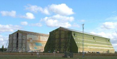 les hangars 1 et 2