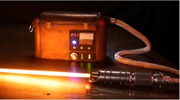 Troisième prototype de sabre laser de chez Hacksmith Industries © Hacksmith Industries
